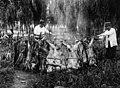 Archivo General de la Nación Argentina 1929 Asado criollo para el personal de los talleres de Caras y Caretas.jpg