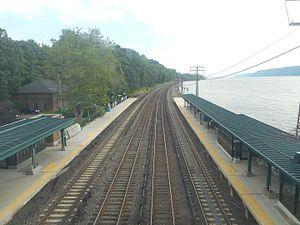 Ardsley-on-Hudson (Metro-North station) - Image: Ardsley on Hudson Metro North 011
