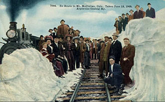 Argentine Central Railway - Passengers on the railway in 1909.