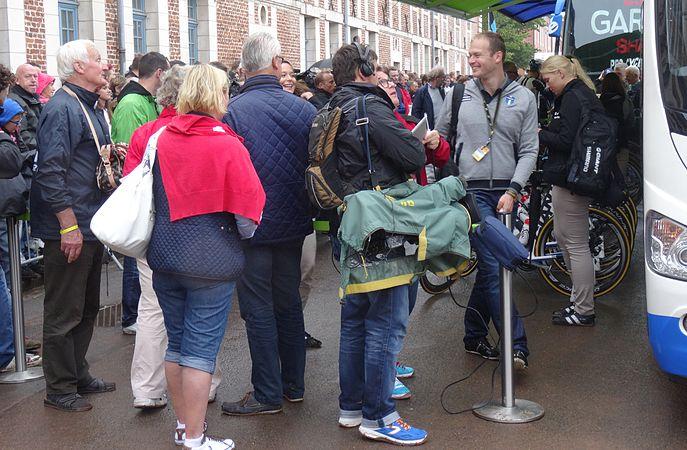 Arras - Tour de France, étape 6, 10 juillet 2014, départ (59).JPG