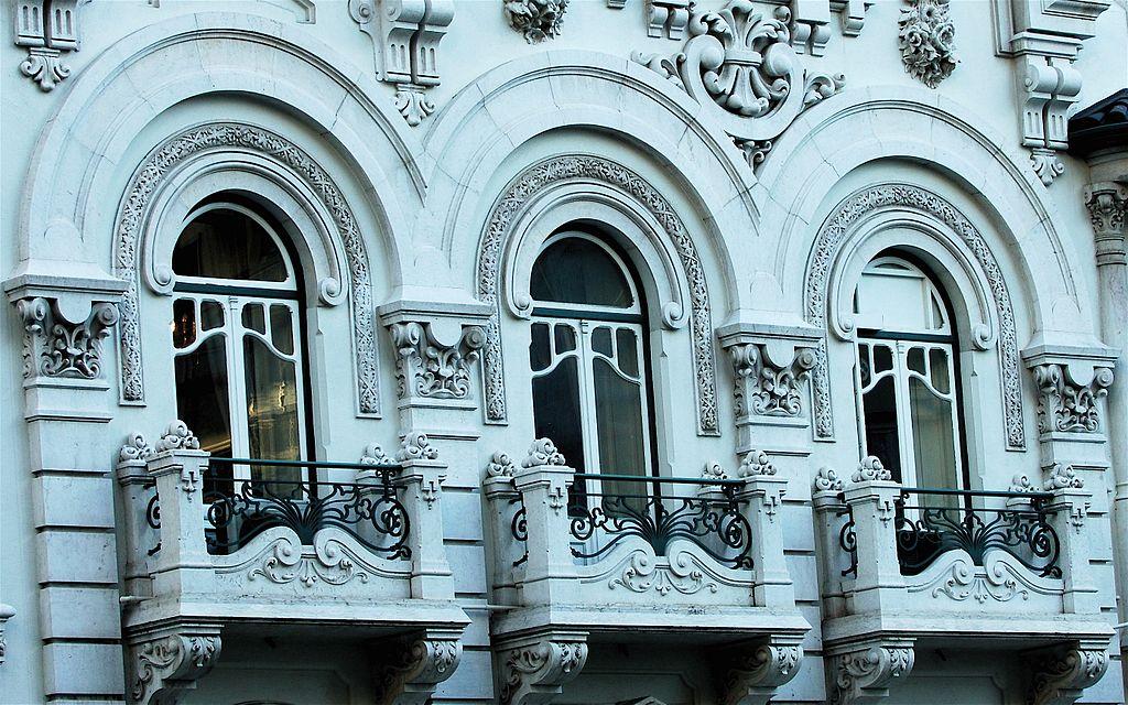 Fenêtres art nouveau à Lisbonne - Photo de Pedro Ribeiro Simões