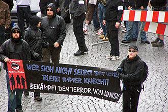 Autonome Nationalisten - Image: Autonome Nationalisten aus Südthüringen