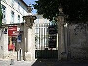 Avignon Rue du Laboureur Musée Angladon.jpg
