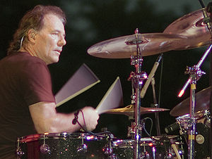 Aynsley Dunbar - Dunbar performing in 2007