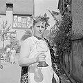 Bacchus met een moezelglas met wijn, Bestanddeelnr 254-3885.jpg