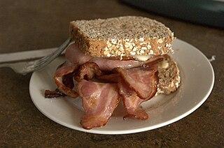 Bacon sandwich Sandwich of cooked bacon