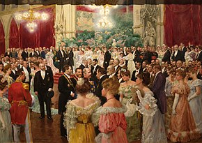 Peinture de Wilhelm Gause (1904), montrant des hommes et des femmes en tenue de soirée, dans un hall de l'hôtel de ville de Vienne.