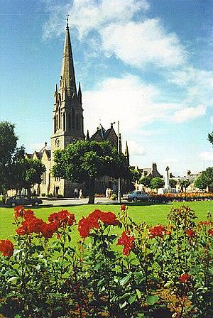 Ballater - Glenmuick Parish Church, in the square.