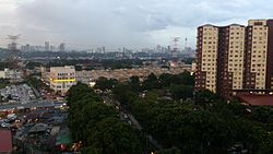 Bandar Sri Permaisuri seen from Sri Penara Apartment. Seen at the background are Maybank Tower and KL Tower (right side) and Mid Valley City (left side).