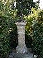 Bellegarde (Gers) - Croix presbytère 1.jpg