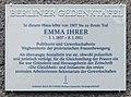 Berliner Gedenktafel Marthastr 10 (Nieds) Emma Ihrer.jpg