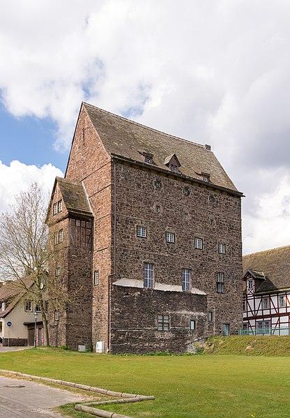 File:Beverungen - 2017-04-27 - Burg (2).jpg
