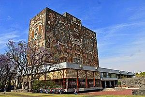 Biblioteca Central UNAM, muro sur