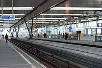 Binnenzijde bovenste platform station Duivendrecht.jpg