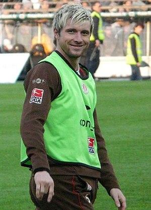 Björn Brunnemann - Brunneman warming up with FC St. Pauli