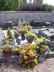 La tomba di Romy Schneider a Boissy-sans-Avoir