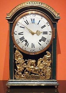 Uhr aus der Werkstatt Kaufmanns, um 1780; Mathematisch-Physikalischer Salon, Dresden (Quelle: Wikimedia)