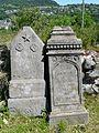 Bredons pierres tombales (1).jpg