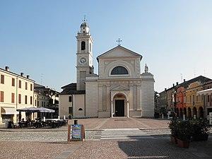 Brescello - Image: Brescello piazza Matteotti