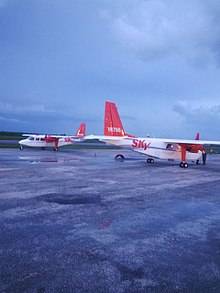 Britten-Norman Islander of Sky High 19922.jpg