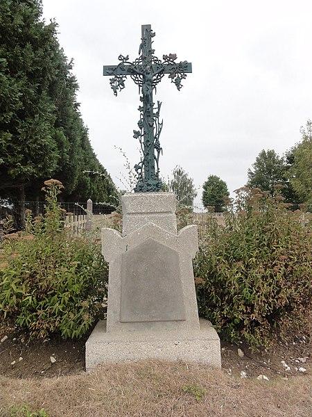 Brocourt-en-Argonne (Meuse) croix de chemin