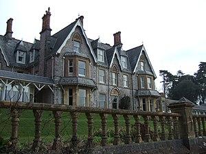 Brunel Manor - Brunel Manor