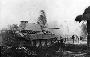 Bundesarchiv bild 146 1976 124 12a russland infanterie und panzer im