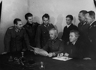 National Committee for a Free Germany - Members of the NKFD in 1943, from the left: Colonel van Hooven, Lieutenant Heinrich Graf von Einsiedel, Major Karl Hetz, General Walther von Seydlitz-Kurzbach, Private Zippel, Erich Weinert, Colonel Steidle, General Lattmann