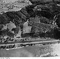 Bundesarchiv Bild 195-0293, Rheinbefliegung, Fellen.jpg