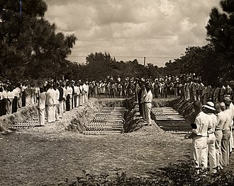 1935 Labor Day hurricane - Sep. 8, 1935, Mass burial at Woodlawn Park Cemetery