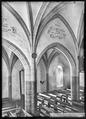 CH-NB - Saint-Saphorin, Eglise, vue partielle intérieure - Collection Max van Berchem - EAD-7524.tif