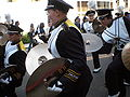 Cal Band en route to Memorial Stadium for 2008 Big Game 17.JPG