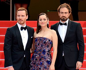 Michael Fassbender - Fassbender, Marion Cotillard, and Justin Kurzel at the Cannes premiere of Macbeth in 2015