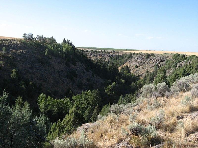 File:Canyon Creek, Idaho State Highway 33 Northeast of Rexburg, Idaho (1165502366).jpg