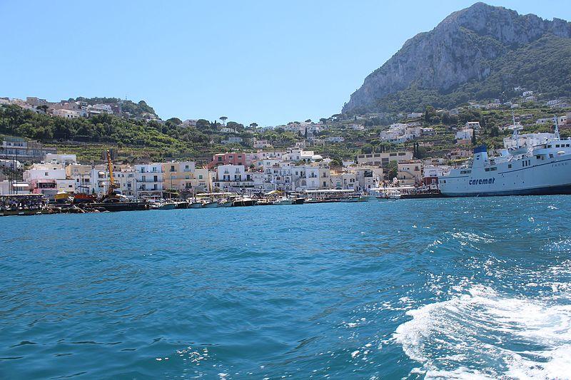 File:Capri Marina Grande IMG 0174.JPG