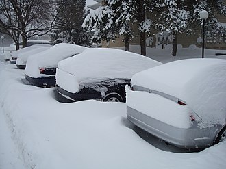 North American blizzard of 2008 - Image: Cars Winter 08