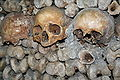 Catacombs of Paris 08.jpg