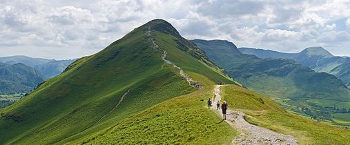 Catbells Northern Ascent, Lake District - June 2009.jpg