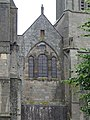 Cathédrale de Dol-de-Bretagne.Triplet roman au-dessus du portail ouest.jpg