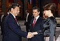 Cena de Estado que en honor del Excmo. Sr. Xi Jinping, Presidente de la República Popular China, y de su esposa, Sra. Peng Liyuan (8960392446).jpg