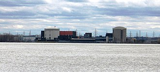 Gentilly Nuclear Generating Station - The Gentilly-2 (left) and Gentilly-1 (right) nuclear generating stations