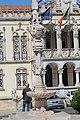 Chafariz neomanuelino em frente à Câmara Municipal de Sintra 1.jpg