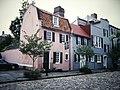 Charleston Pink House, 17 Chalmers St. (10531981716).jpg