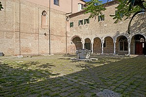 San Giobbe - Image: Chiesa di San Giobbe Venezia il chiostro 2