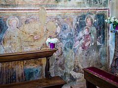 Chiesa di San Giorgio Madonna Bambino e Santo Manerba del Garda.jpg