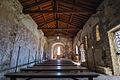 Chiesa medievale di San Lorenzo - Veduta della navata.jpg