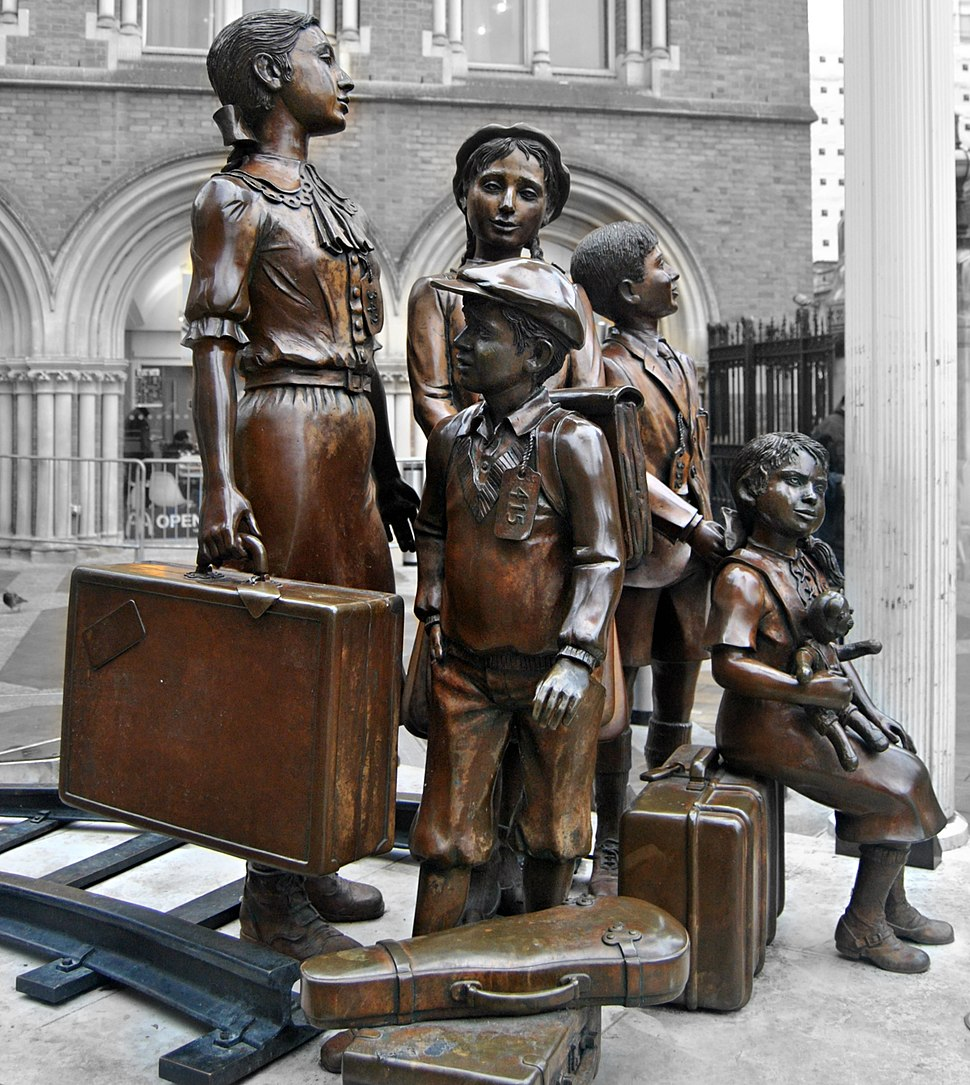 Children of the Kindertransport (15535288254)