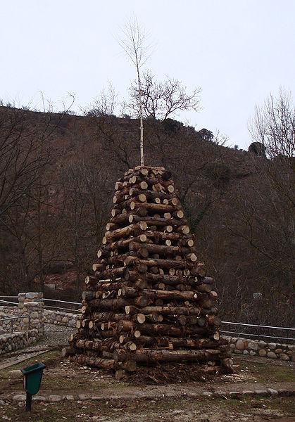 File:Chozo - Viniegra de Abajo.jpg