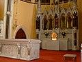 Churchstaltar.jpg
