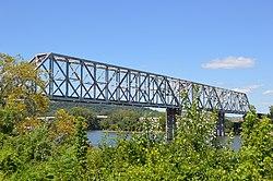 Cincinnati Southern Bridge from southeast.jpg